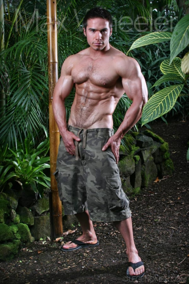 Max-Wheeler-Legend-Men-Gay-Porn-Stars-Muscle-Men-naked-bodybuilder-nude-bodybuilders-big-muscle-huge-cock-01-gallery-video-photo