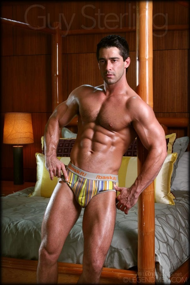 Guy-Sterling-Legend-Men-Gay-sexy-naked-man-Porn-Stars-Muscle-Men-naked-bodybuilder-nude-bodybuilders-big-muscle-004-gallery-video-photo
