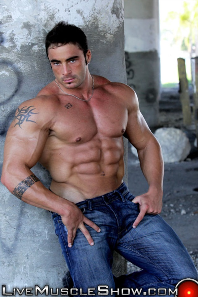 Jack-Parker-Live-Muscle-Show-Gay-Porn-Naked-Bodybuilder-nude-bodybuilders-gay-fuck-muscles-big-muscle-men-gay-sex-002-gallery-photo