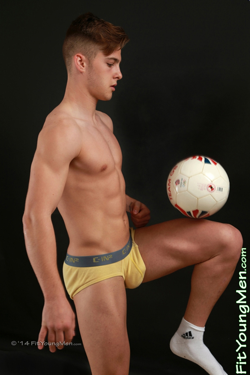 FitYoungMen-Alex-Dace-nude-footballer-age-18-years-old-straight-young-boy-big-uncut-cock-muscled-butt-002-tube-download-torrent-gallery-photo