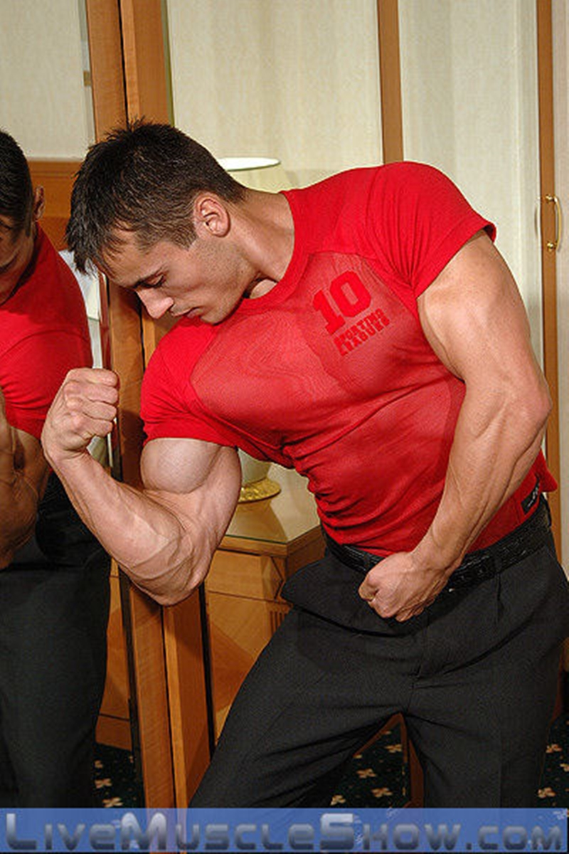 LiveMuscleShow-Axel-Agabo-ripped-six-pack-abs-muscled-body-lean-muscle-mass-dirty-talk-nude-bodybuilder-masculine-man-002-tube-download-torrent-gallery-sexpics-photo