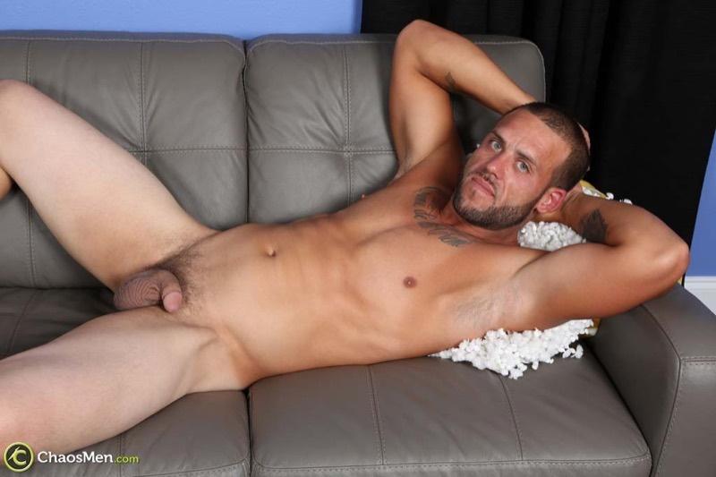 chaosmen-straight-beard-nude-dude-rough-construction-worker-kendrick-jerks-huge-8-inch-dick-tattoo-big-muscle-hunk-wanking-001-gay-porn-sex-gallery-pics-video-photo